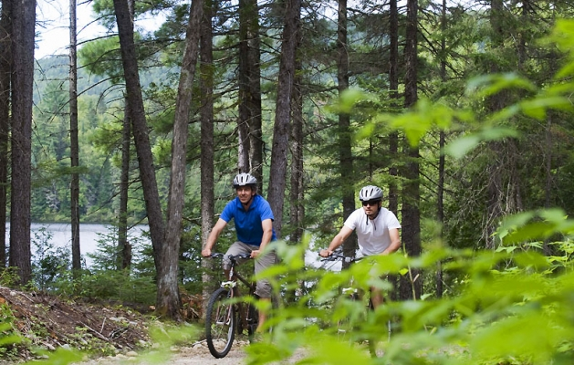 Riding by one of the easiest bike paths in Mont Tremblant.